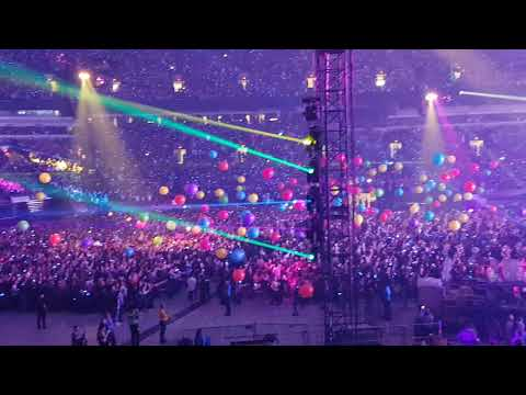 Adventure of a Lifetime | Coldplay| Vancouver, BC Sept 29, 2017