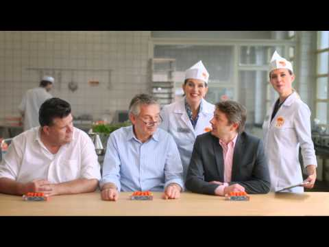 Mora Sweet Chick-in Chili commercial met Cora & Flora