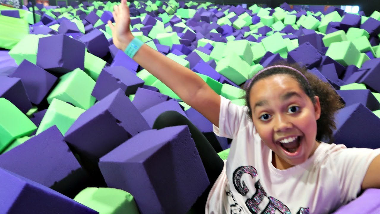 CRAZY TRAMPOLINE PARK HIDE AND SEEK! Toys AndMe   Family Fun video